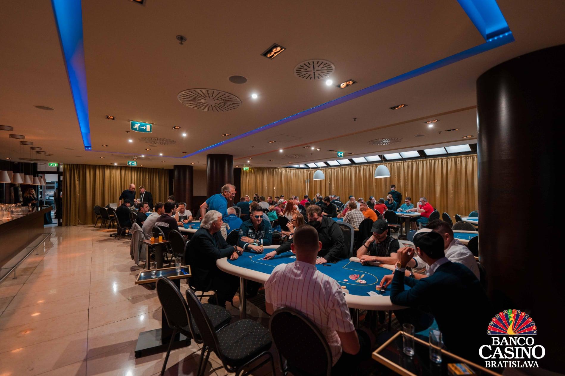 Belgian Cash Game Series – 1E &1 F: Vor dem letzten Hyperturbo mehr als € 67,000 im Pool!